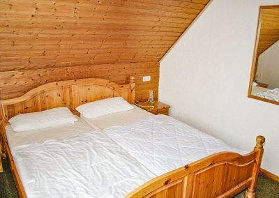 5_Schlafzimmer 2
